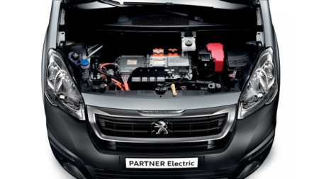 Royal Mail To Purchase 100 Electric Peugeot Vans For Delivery Fleet .
