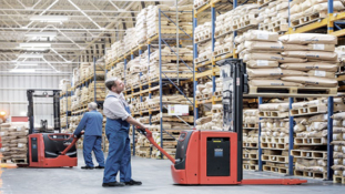 Entire warehouse equipped with lithium-ion.