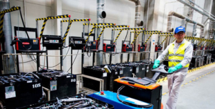 Fronius Perfect Charging shows in Hanover how operators of forklift trucks can sustainability reduce their operating costs.