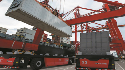 Kalmar launches new eco-efficient Kalmar FastCharge(TM) AGV based on its proven automation platform.