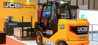 First electric-powered Teletruks get to work in the UK as customer orders five