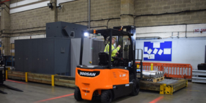 Davies Turner Air Cargo powers up with Doosan electric trucks